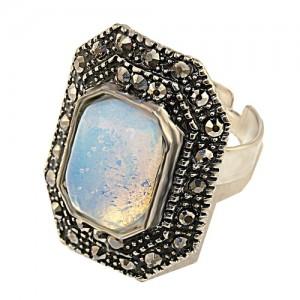 """Кольцо с лунным камнем имитация капельного серебра """"Эйткен"""""""