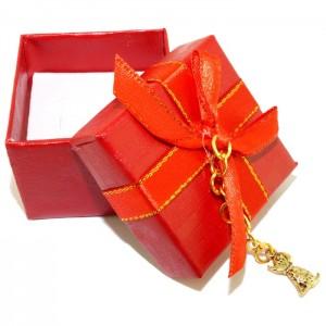 """Подарочная коробочка с символом года """"Сюрприз под елку"""""""