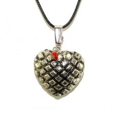Кулон в форме сердца